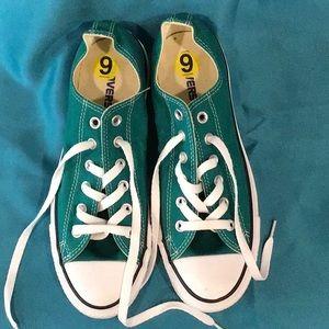 Women's Green Converse All Stars Size 9